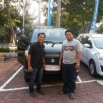 Foto Penyerahan Mobil 10 Sales Marketing Dealer Suzuki Balikpapan